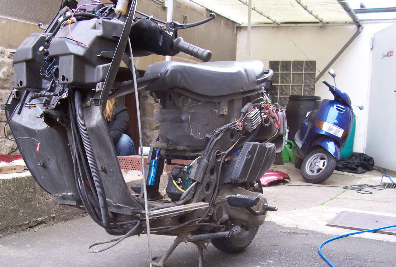 piaggio tph 50 tuning verkleidung motorrad bild idee. Black Bedroom Furniture Sets. Home Design Ideas